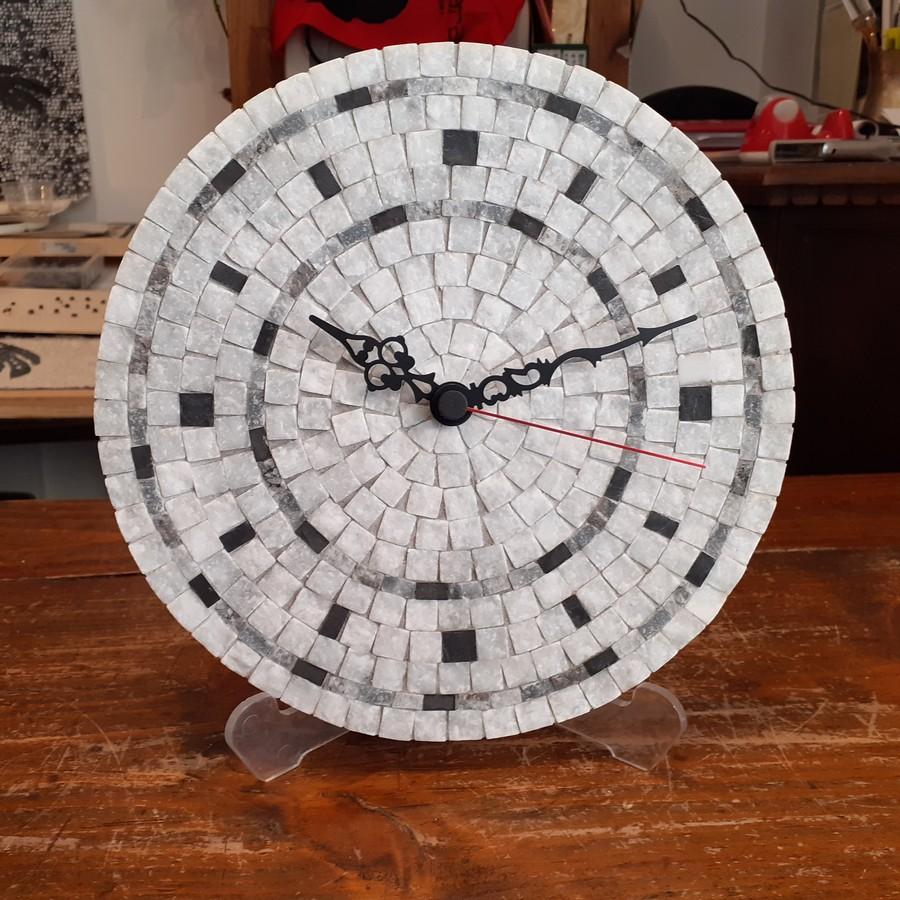 orologio 21 cm f.do bianco toni grigi 2